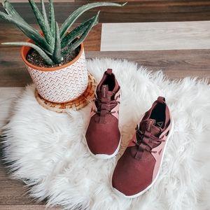 Reebok cardio motion dance shoes